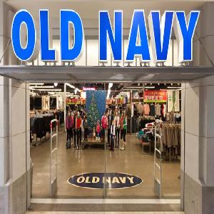 Old Navy To Carry Plus Sizes In Store?! Girl. Photo Via Glamour/ Old Navy. Not only will there be plus sizes in store, but just like every other department inside Old Navy, plus sizes, will have their own section and not as an afterthought. Old Navy wants to give us an uninterrupted shopping experience, stylized, merchandised, and with plus.